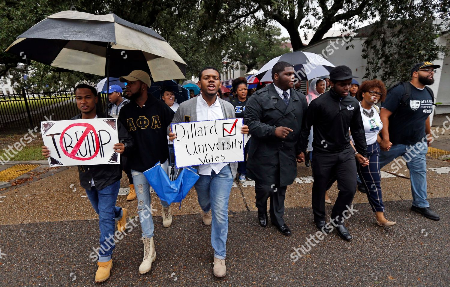 Dillard University students march unison polling place Editorial
