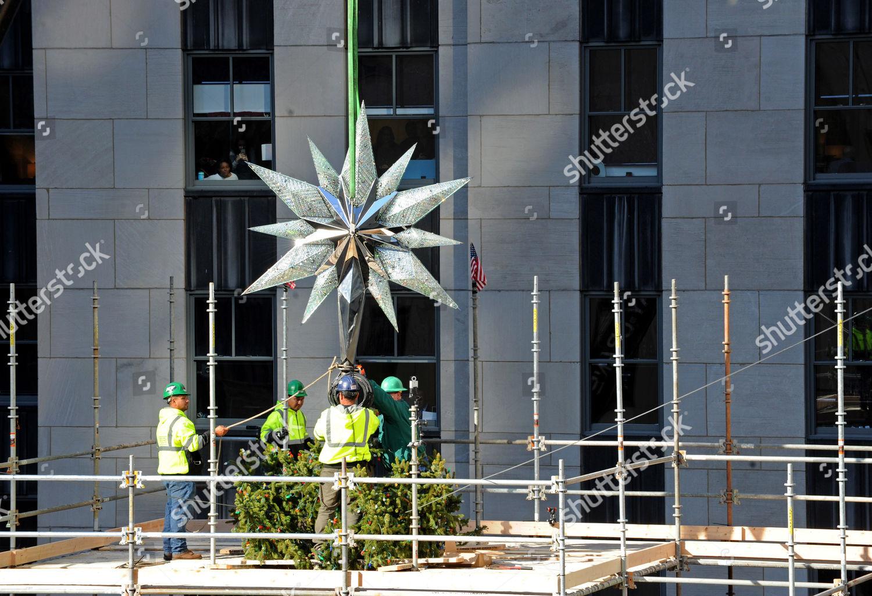 2016 Rockefeller Center Christmas Tree Star Raising Editorial Stock