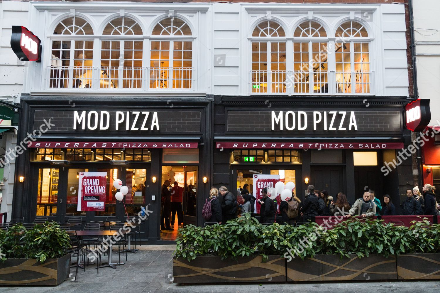 Opening Mod Pizza Parlour Leicester Square Editorial Stock