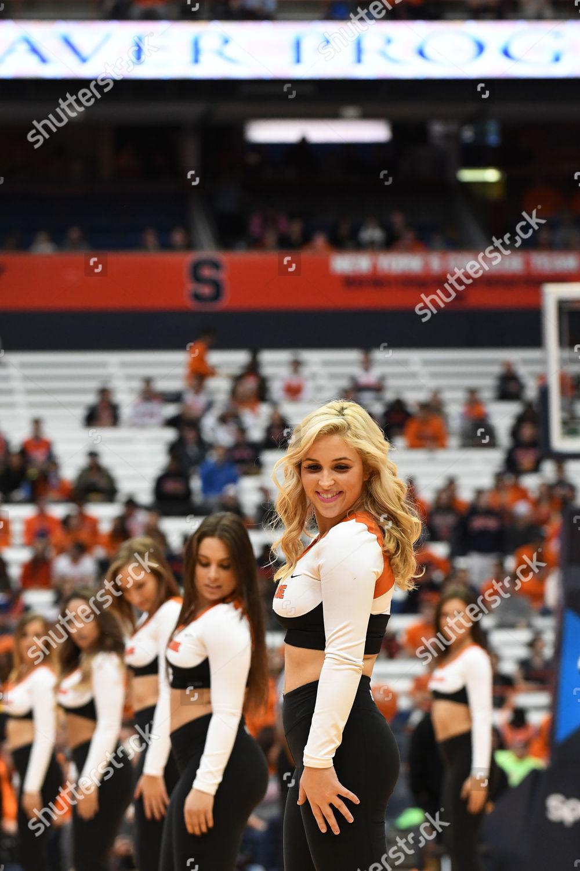 Syracuse Dance Team Entertains Crowd Syracuse Defeated