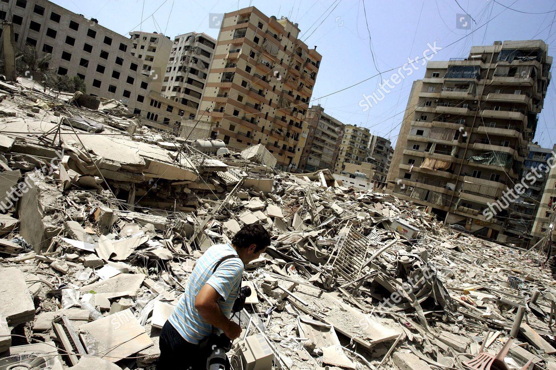 Devastation In Beirut This Is What It >> Lebanese Photographer Works Amongst Devastation Street Hizbollah