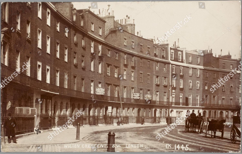 Fine Photographic Postcard View Wilton Crescent London