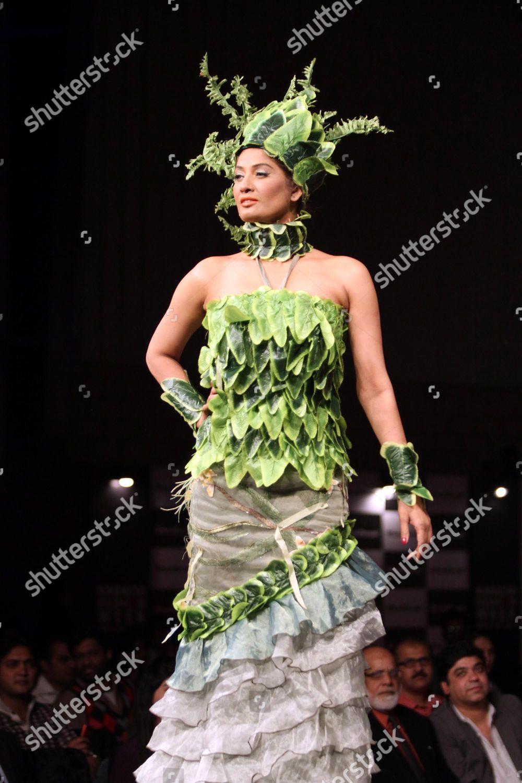 Model Presents Creation By Nigerian Designer Label Editorial Stock Photo Stock Image Shutterstock