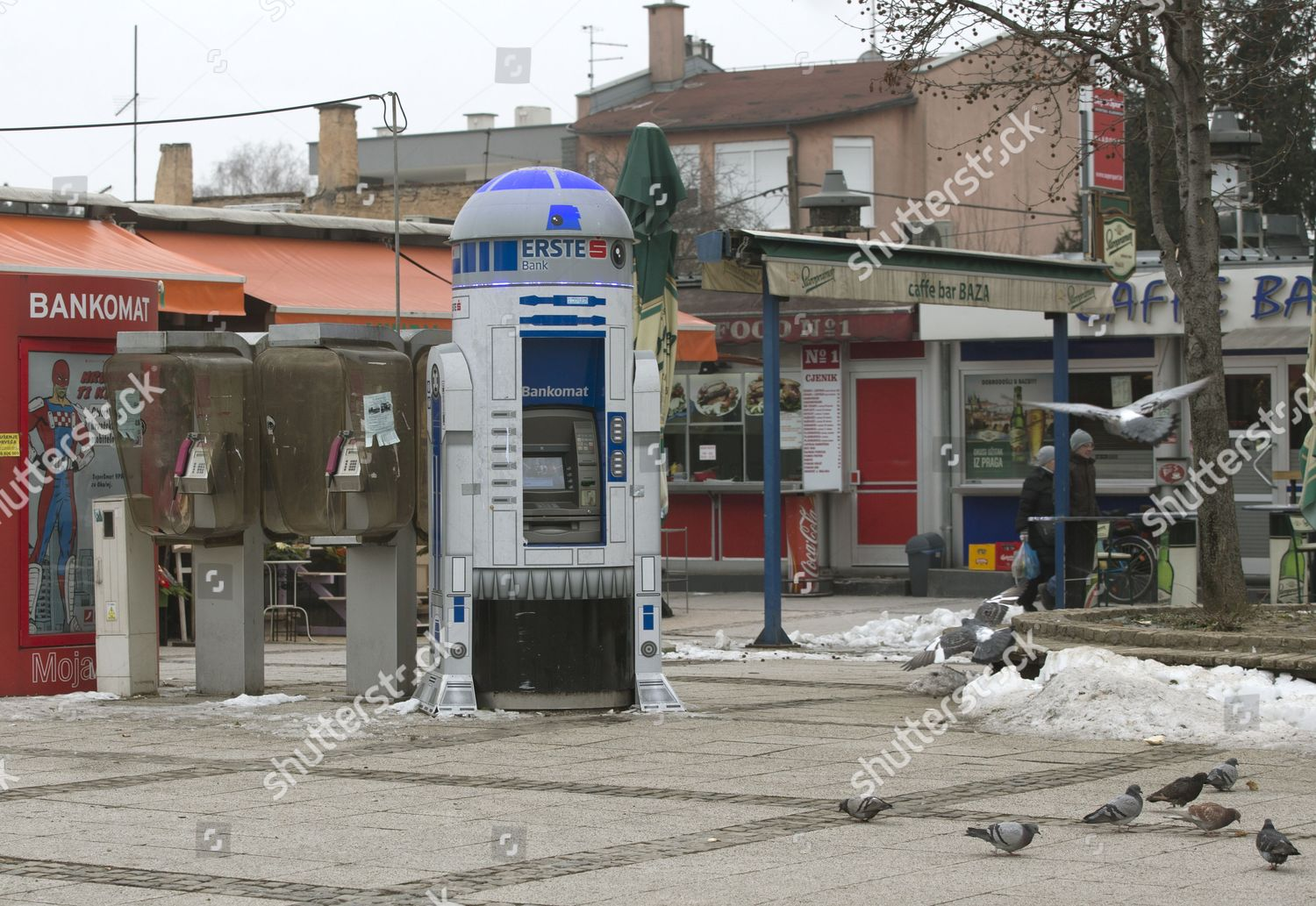 Atm Erste Bank Form R2d2 Popular Character Editorial Stock Photo Stock Image Shutterstock