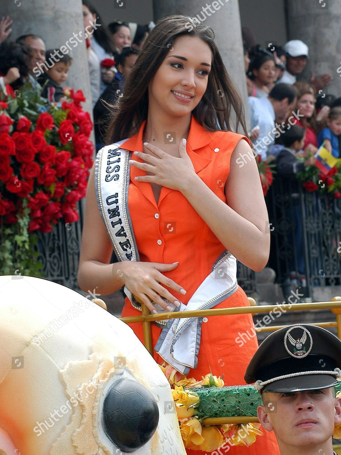 ecuador-miss-universe-parade-may-2004-sh