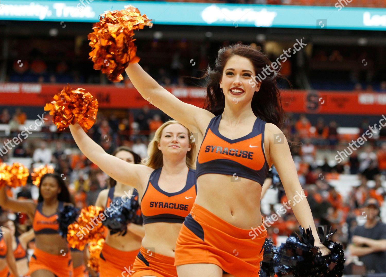 Syracuse Cheerleaders Syracuse Cheerleaders Run On Court