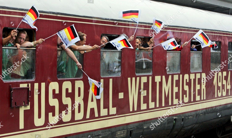 germany-1954-oldtimer-train-jul-2005-shu