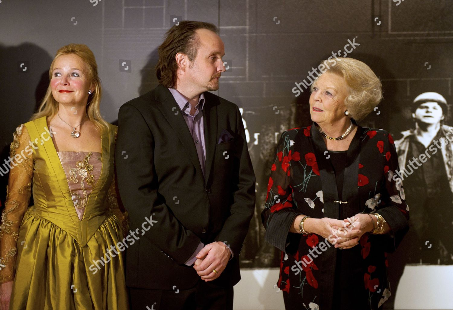 Dutch Queen Beatrix r Meets Dutch Singers Editorial Stock Photo