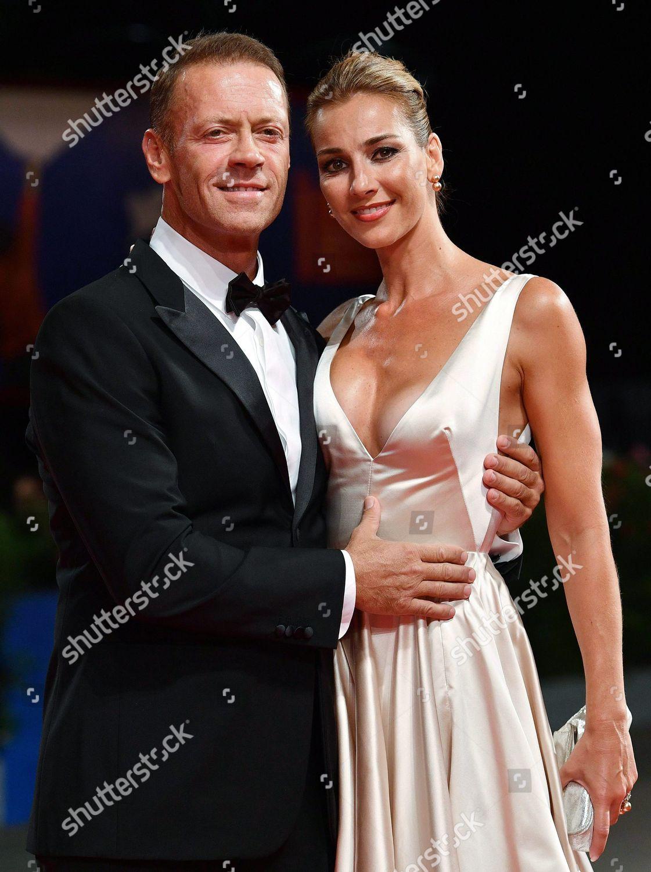 Italian Actor Rocco Siffredi l His Wife Foto editorial en