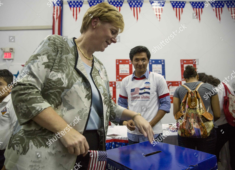 Nicaragua Usa Election Day 2016 - Nov 2016