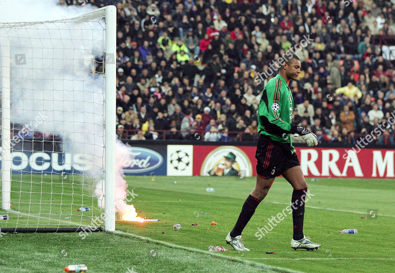 Ac Milans Goalkeeper Dida Removes Bottles Fireworks Editorial Stock Photo Stock Image Shutterstock