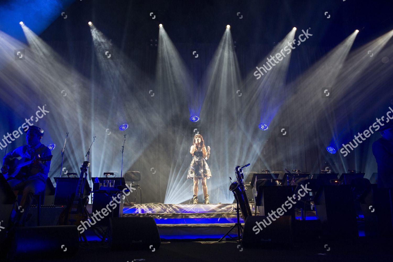 Montreux Jazz Festival 2015 >> French Singer Isabelle Geffroy Alias Zaz Performs Editorial Stock