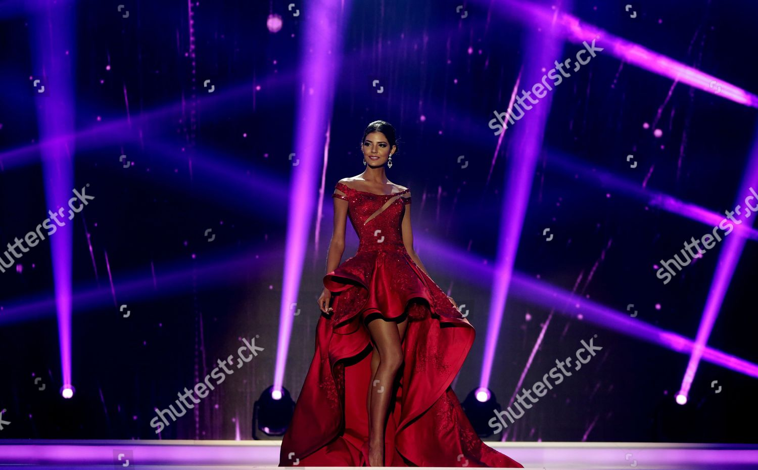anabella castro, 4th runner-up de miss international 2018. - Página 18 Laura-gonzalez-selected-as-miss-colombia-2017-cartagena-shutterstock-editorial-8538721h
