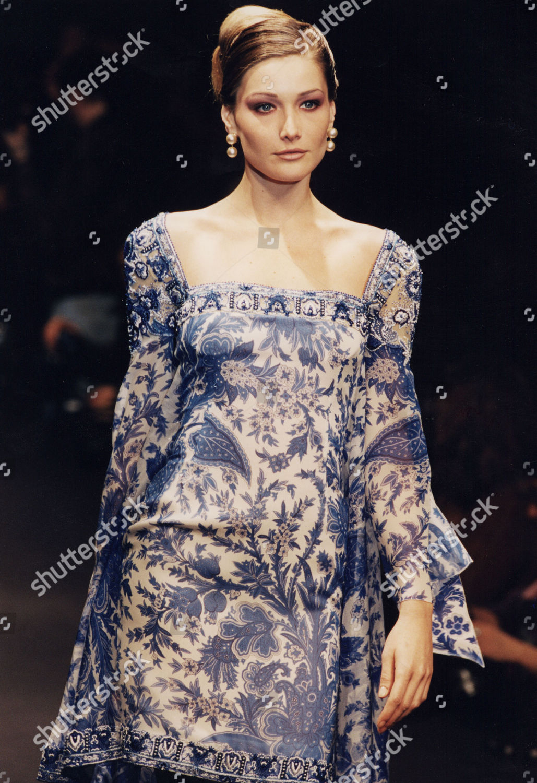 Carla Bruni Model On Catwalk Editorial Stock Photo Stock Image Shutterstock