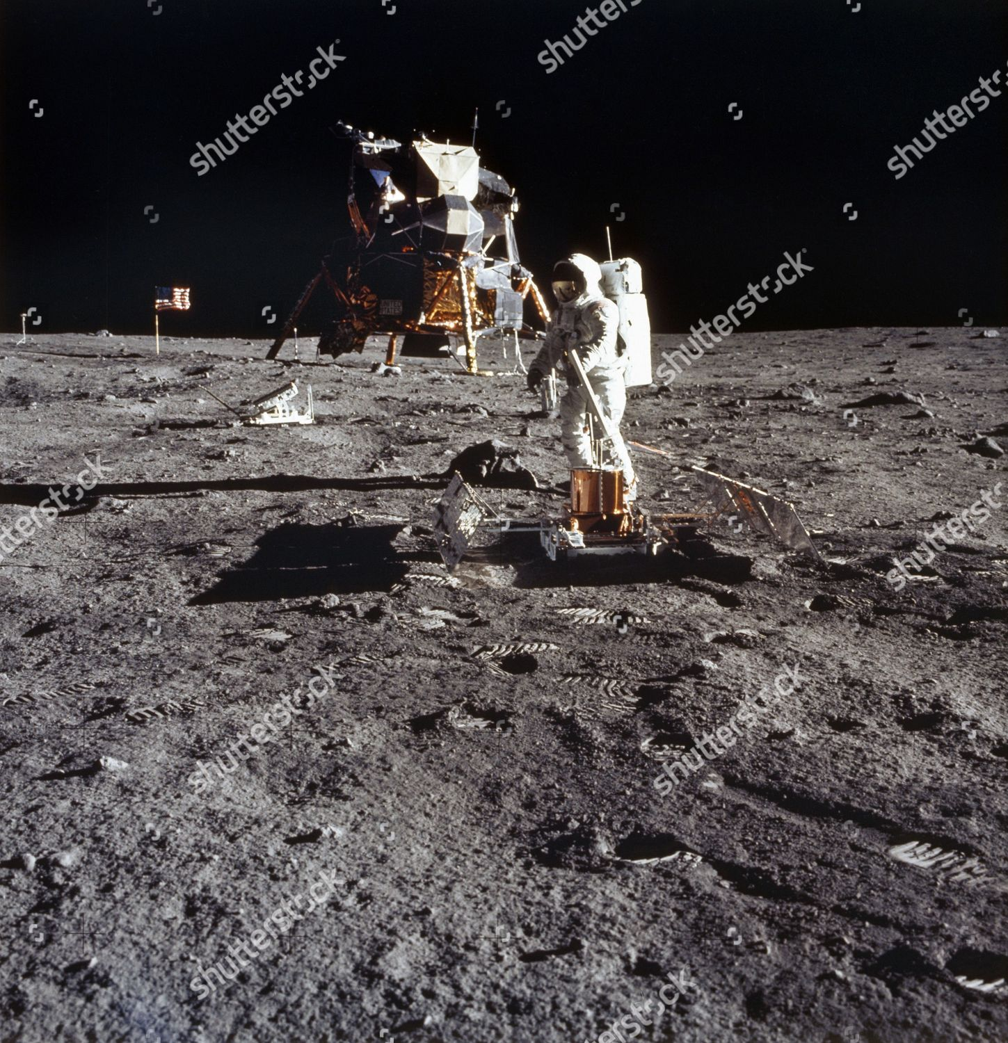 apollo 11 pictures - HD 2349×2373