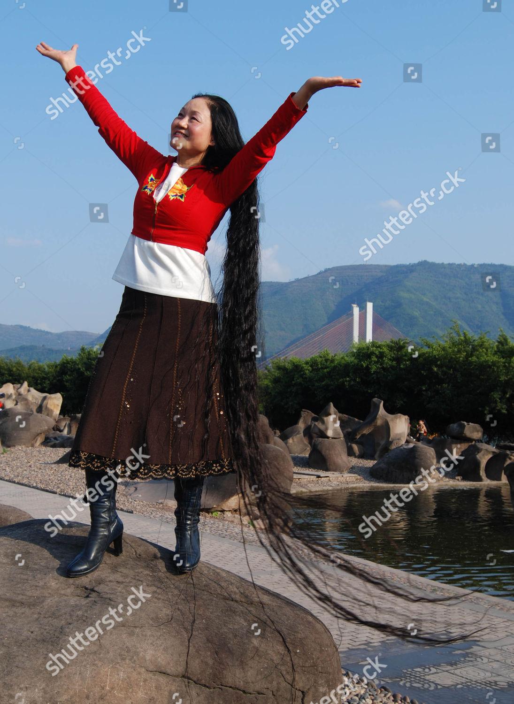 Xie Qiuping Hair Up