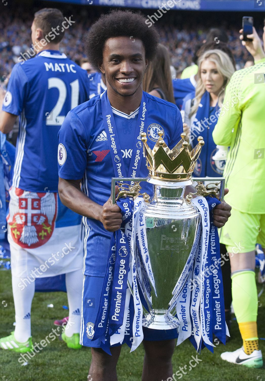 Willian Chelsea Celebrates Premier League Trophy English Editorial Stock Photo Stock Image Shutterstock