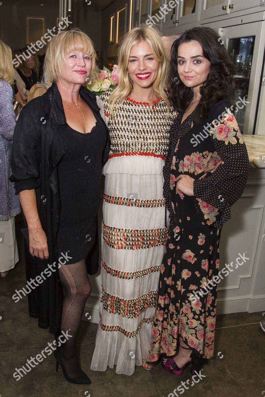 Frances de la Tour,Ann Savage XXX gallery Rhonda Ross Kendrick,Sophie Cadieux