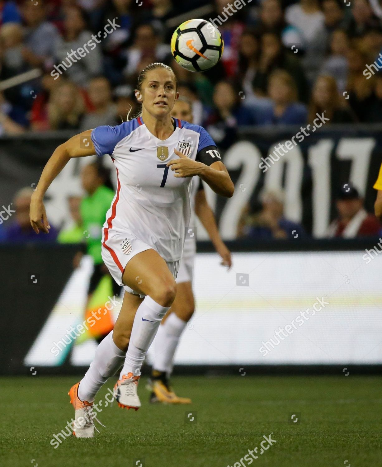 United States Abby Dahlkemper moves ball against Editorial