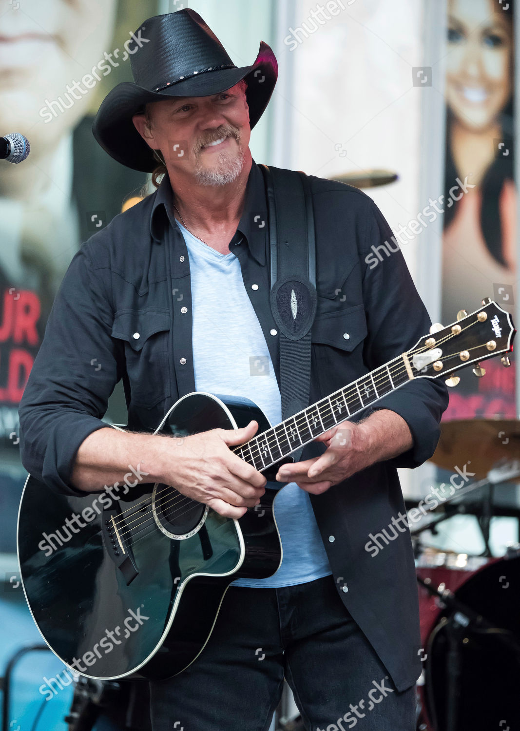 0e0f0830aca20a Stock photo of Trace Adkins performs on Fox and Friends, New York, USA -