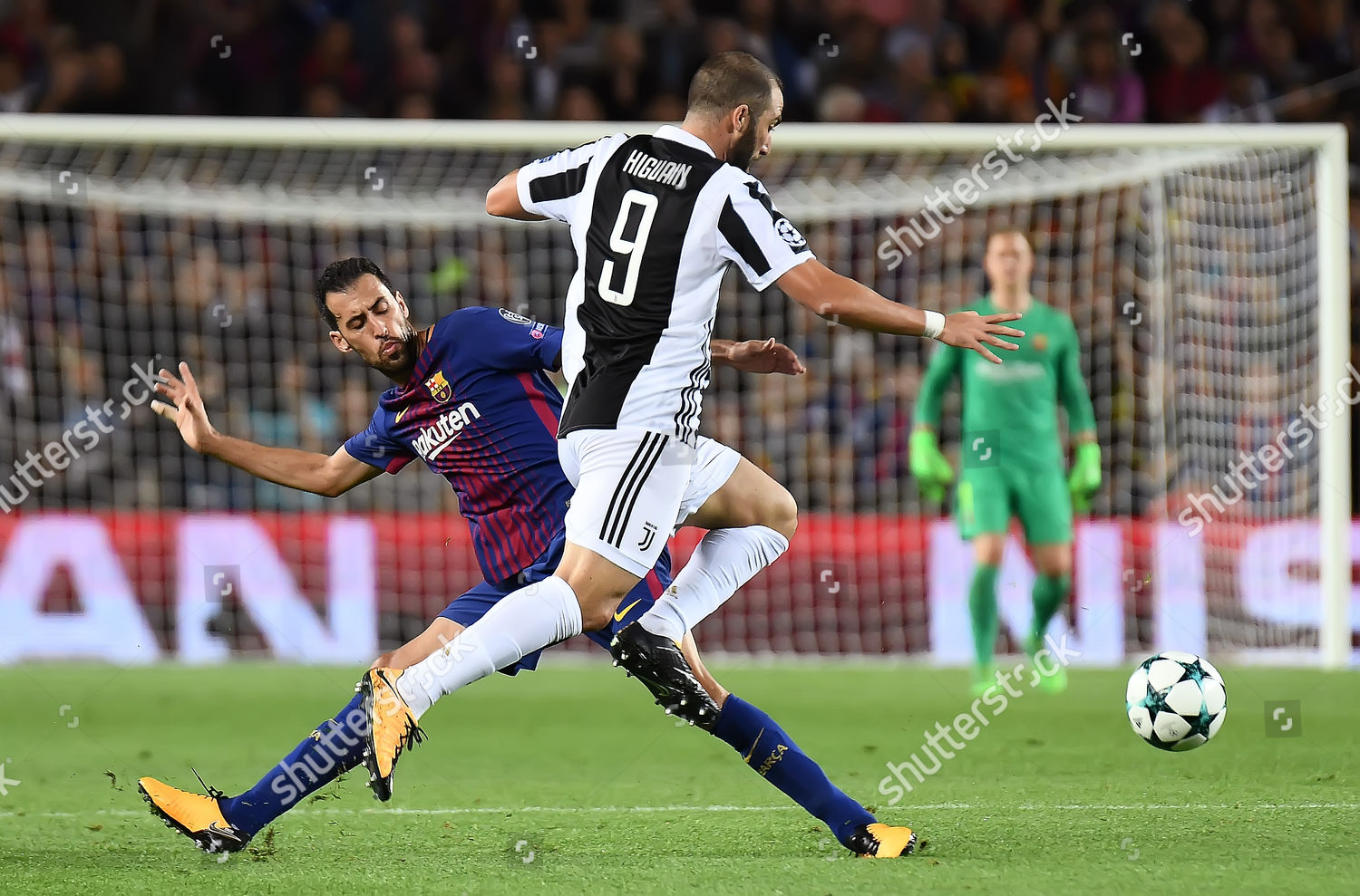 Marcelo Juventus Fc Sergio Busquets Fc Barcelona Editorial Stock Photo Stock Image Shutterstock
