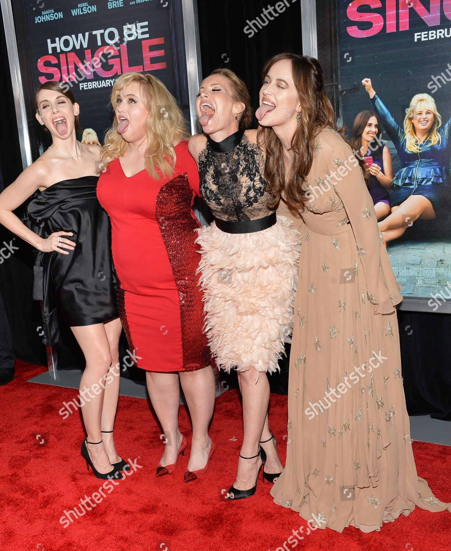 Cast members left Alison Brie Rebel Wilson Editorial Stock Photo ...