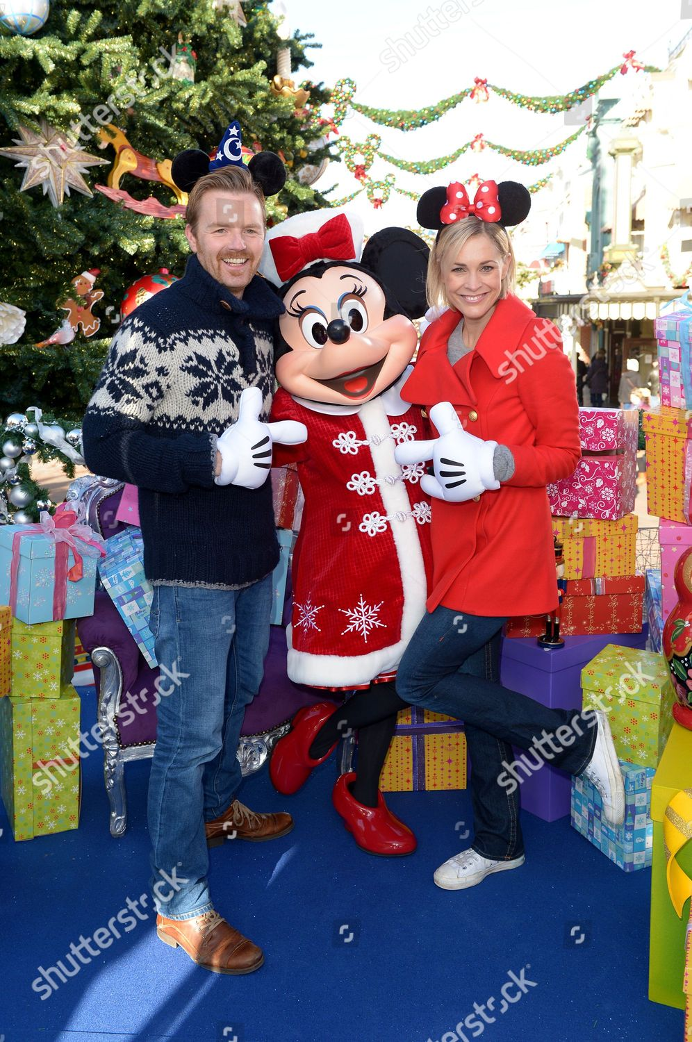 Christmas Minnie Mouse Disneyland.James Midgley Jenni Falconer Join Minnie Mouse Editorial