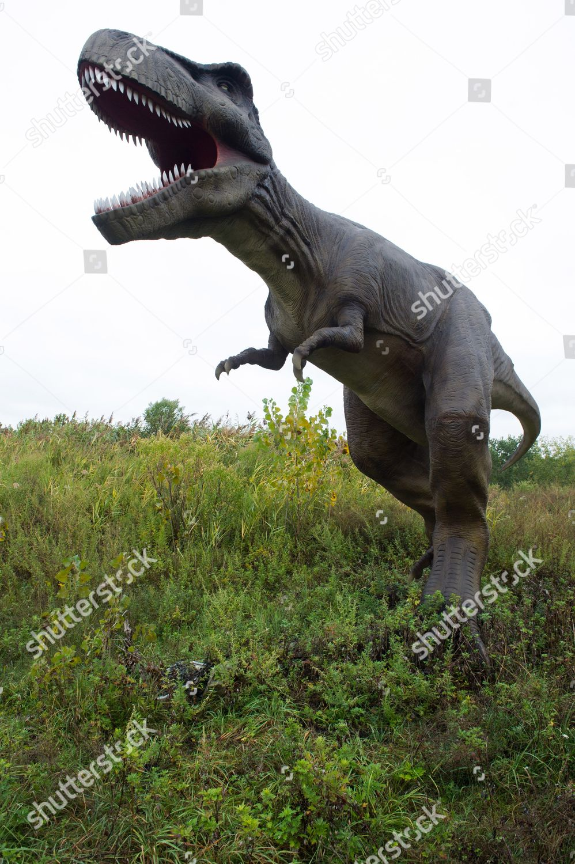 lifesized animatronic dinosaur seen Field Station Dinosaurs