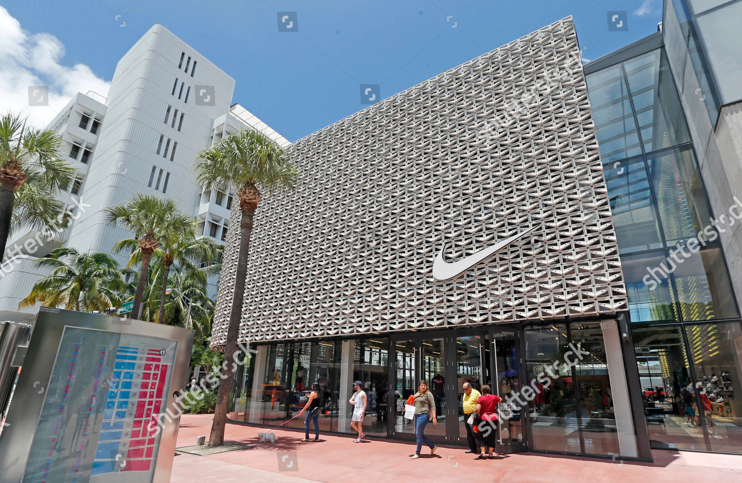 nike store miami locations