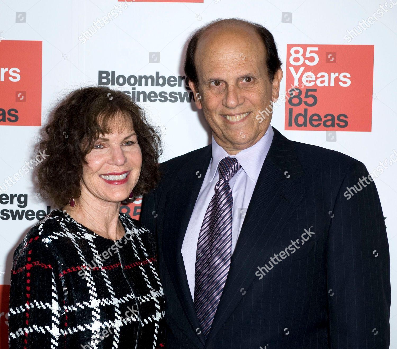 Michael Milken right wife Lori Anne Hackel – redakčn stock