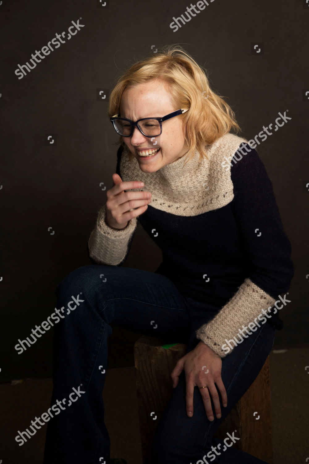 Alison Pill Fotos alison pill poses portrait quaker good energy editorial