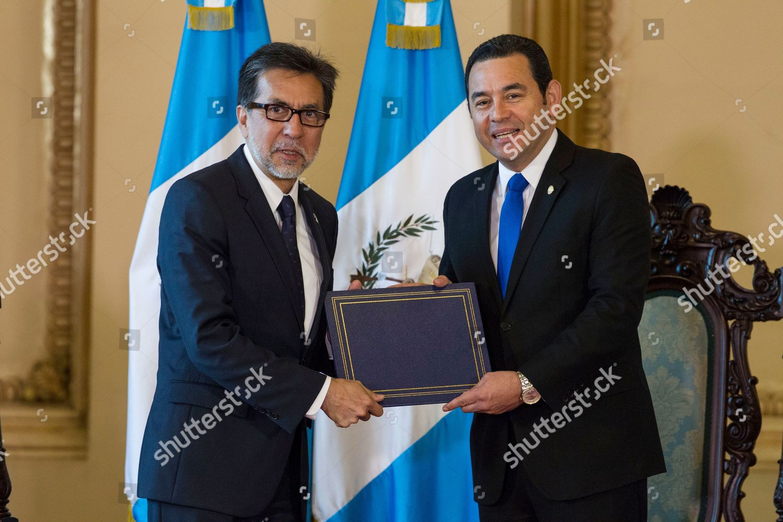 Luis E Arreaga Jimmy Morales U...