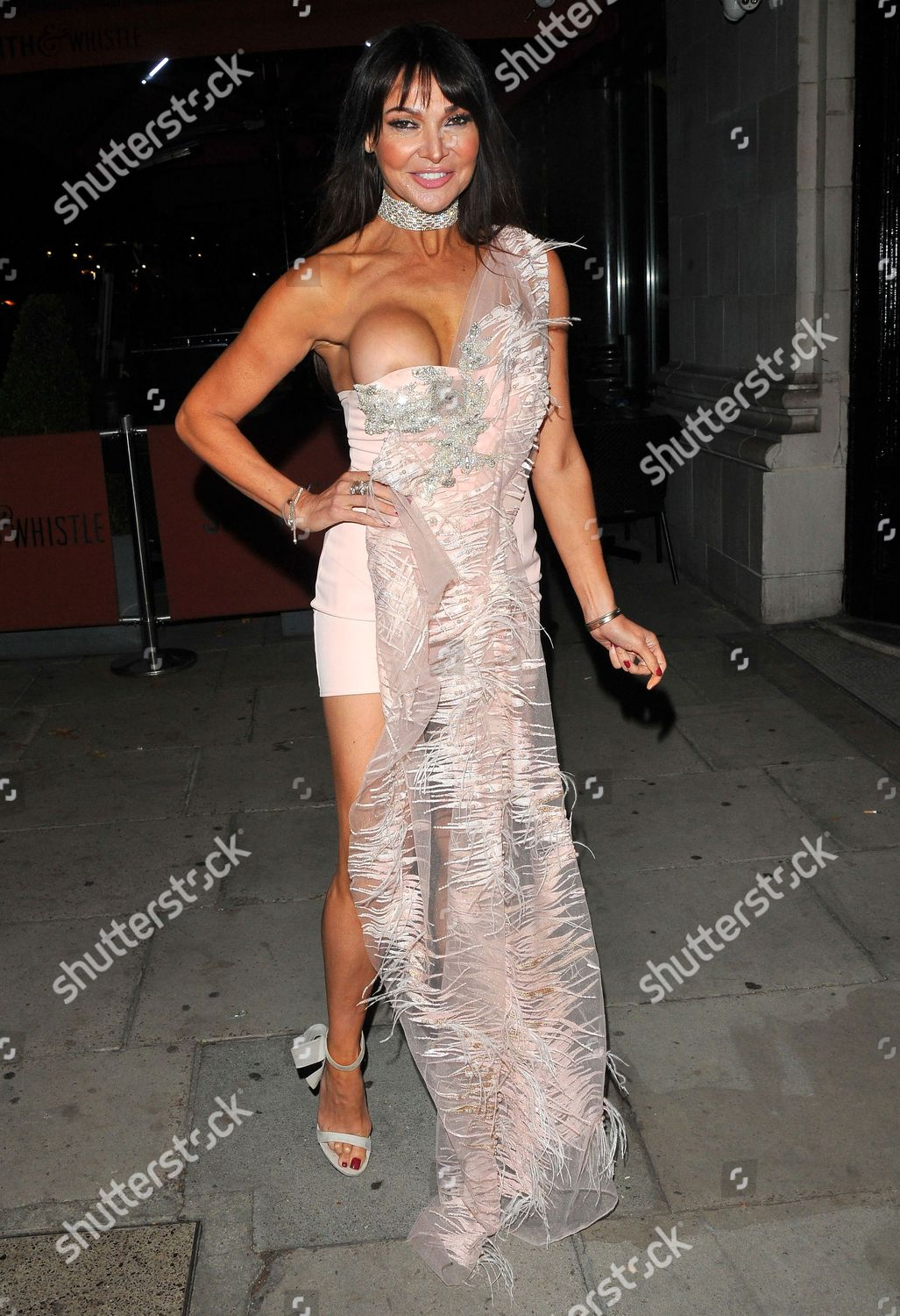 Lizzie Cundy Editorial Photo - Image Stock Shutterstock-4413