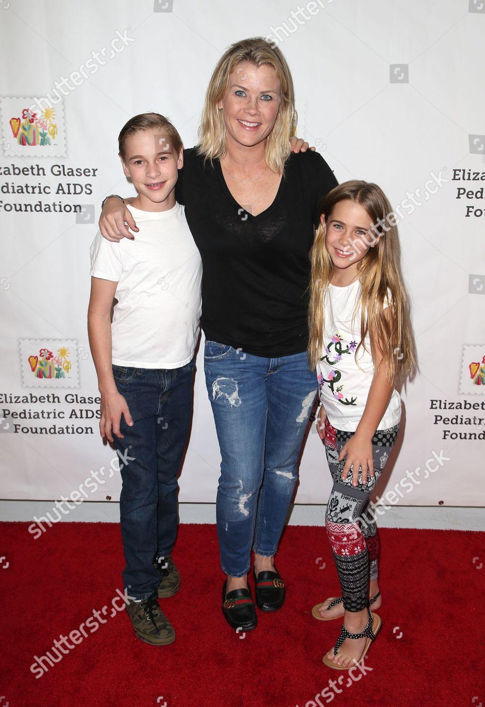 Alison Sweeney Family Pictures benjamin sanov alison sweeney megan sanov editorial stock