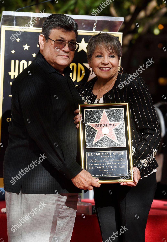 Las mezclas amerindias y europeas - Mestizas y mestizos - Página 27 Selena-quintanilla-honored-with-a-star-on-the-hollywood-walk-of-los-angeles-usa-shutterstock-editorial-9188857k