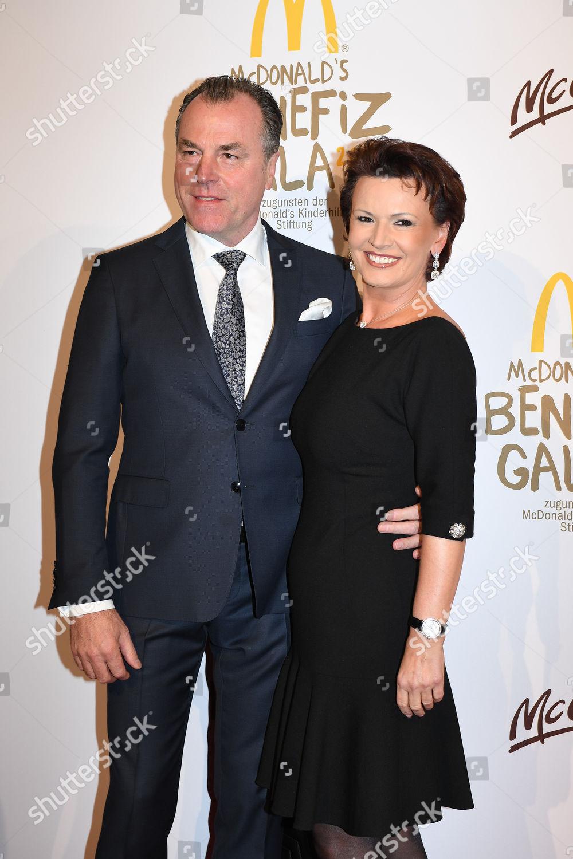 Clemens Toennies Ehefrau Margit Toennies Stock Photo 9218432hd