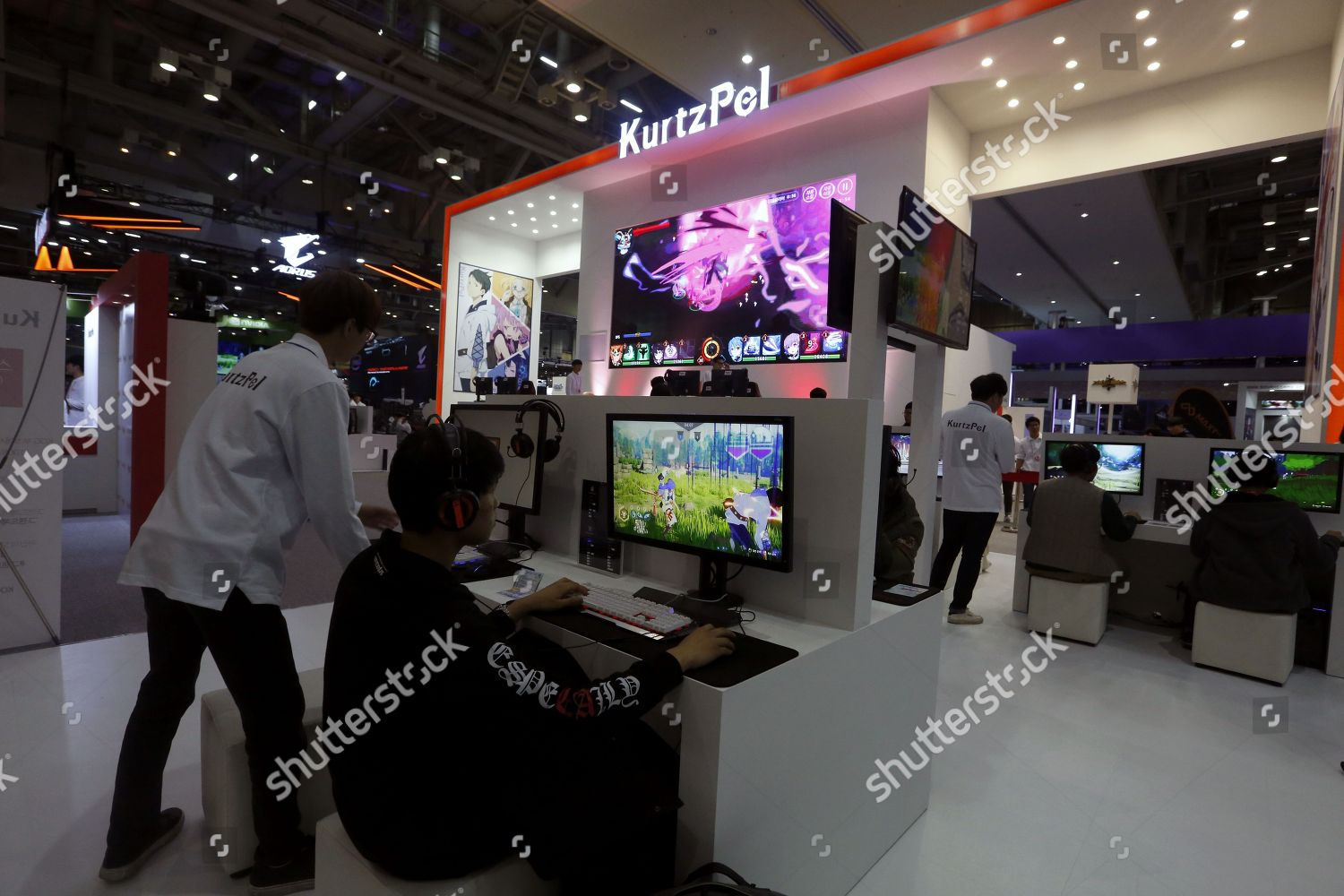 Visitors play online game KurtzPel during annual Editorial