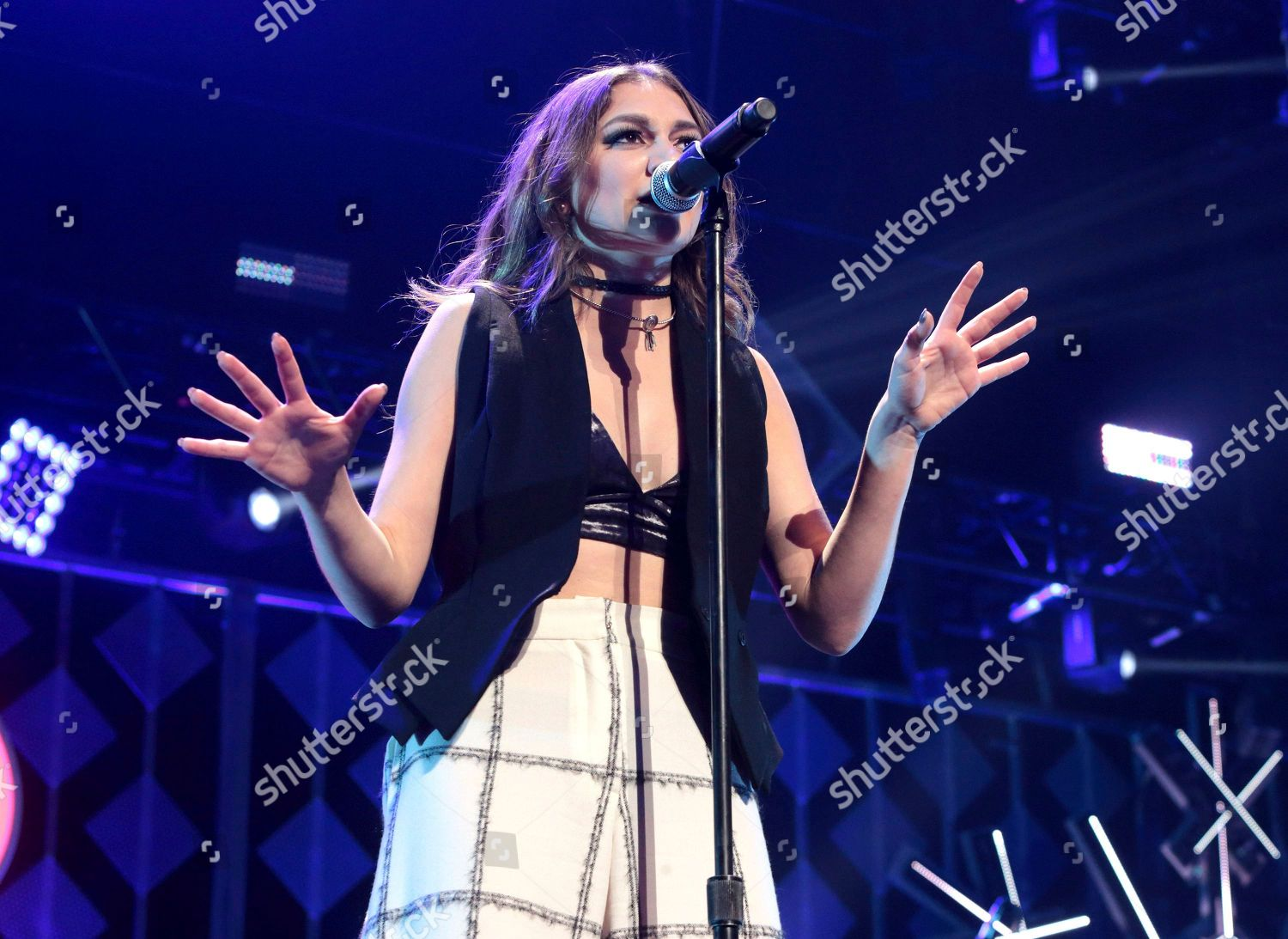 Daya Performs Concert During Hot 995s Iheartradio Editorial Stock