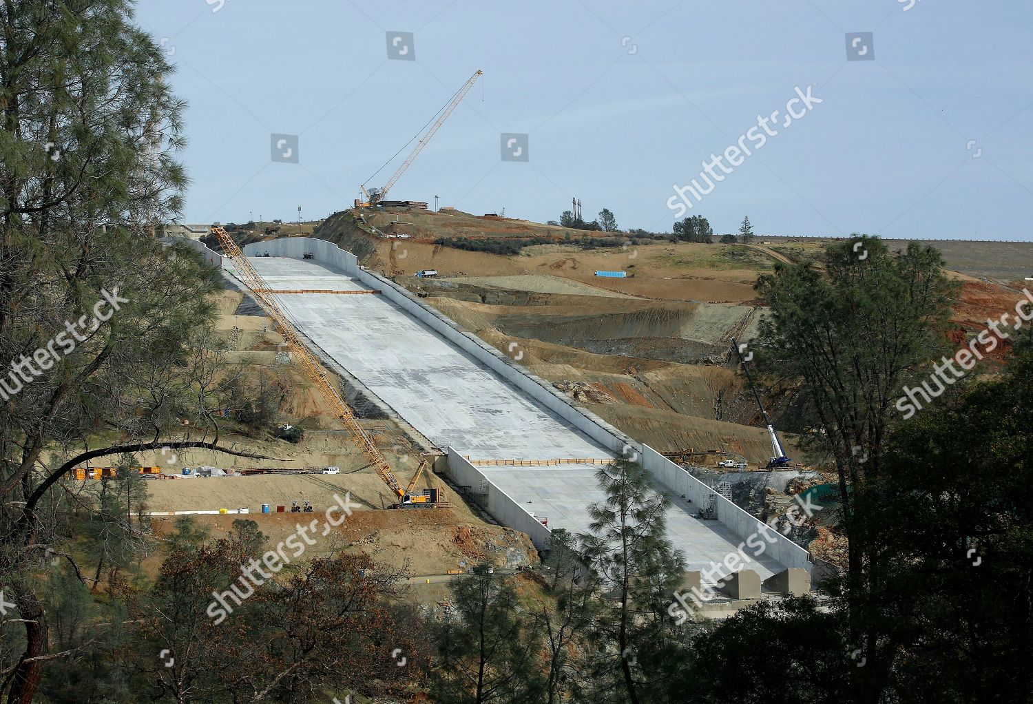 Work continues on Oroville Dam spillway Oroville Editorial