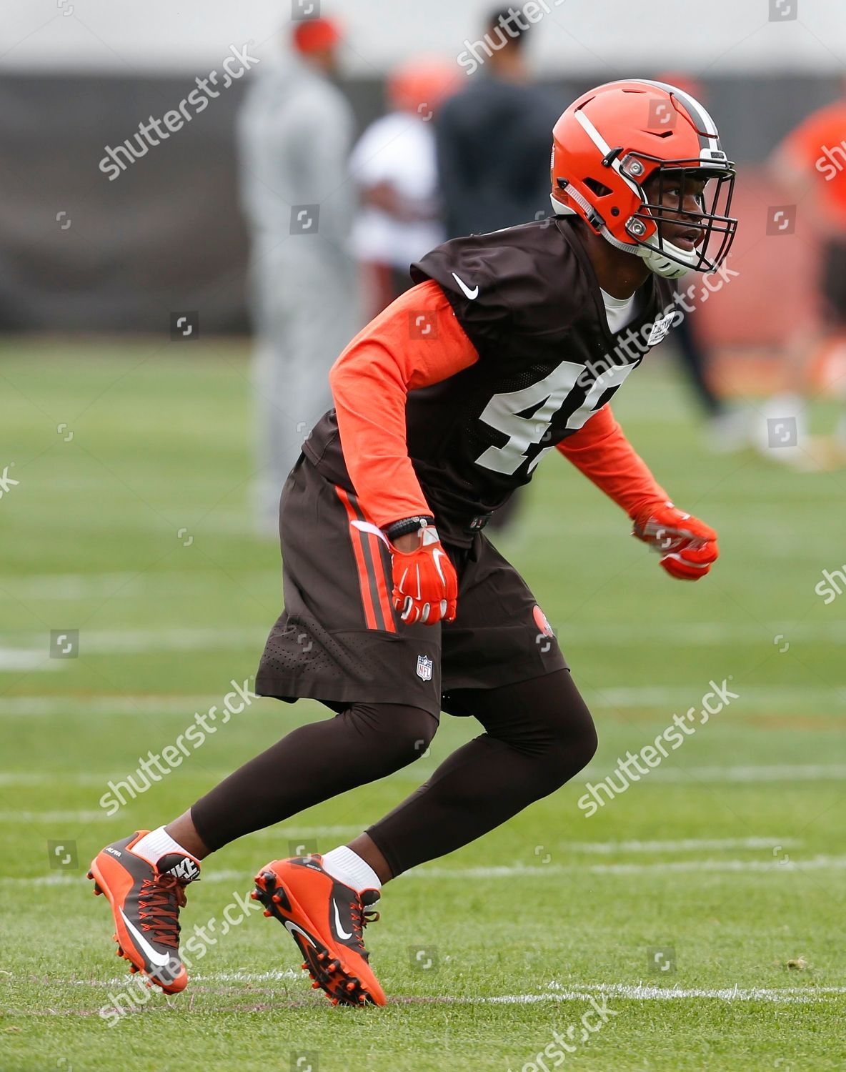 reputable site 619fa 49605 Cleveland Browns Kenneth Olugbode goes through drills ...