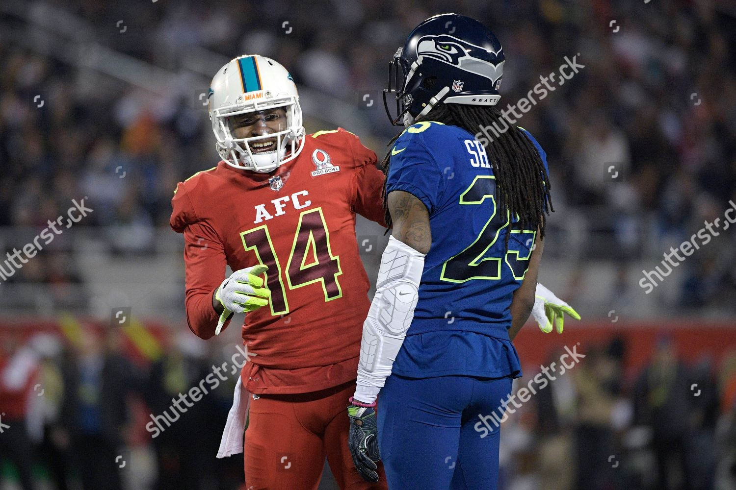 new arrival 5d771 8dda7 AFC receiver Jarvis Landry 14 Miami Dolphins Editorial Stock ...