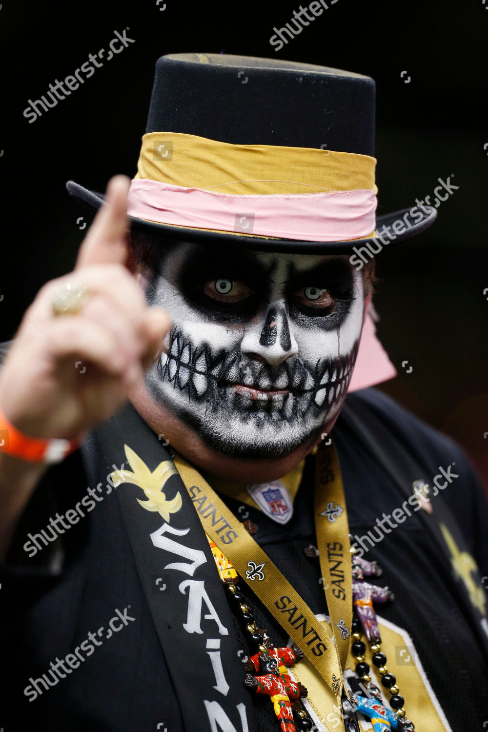 New Orleans Saints Fan Dressed Halloween Consume Editorial