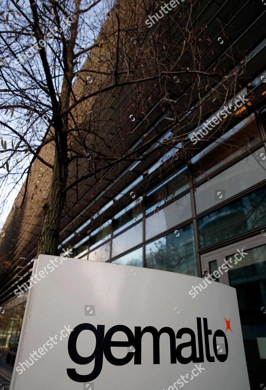 Exterior view building housing Dutch digital company
