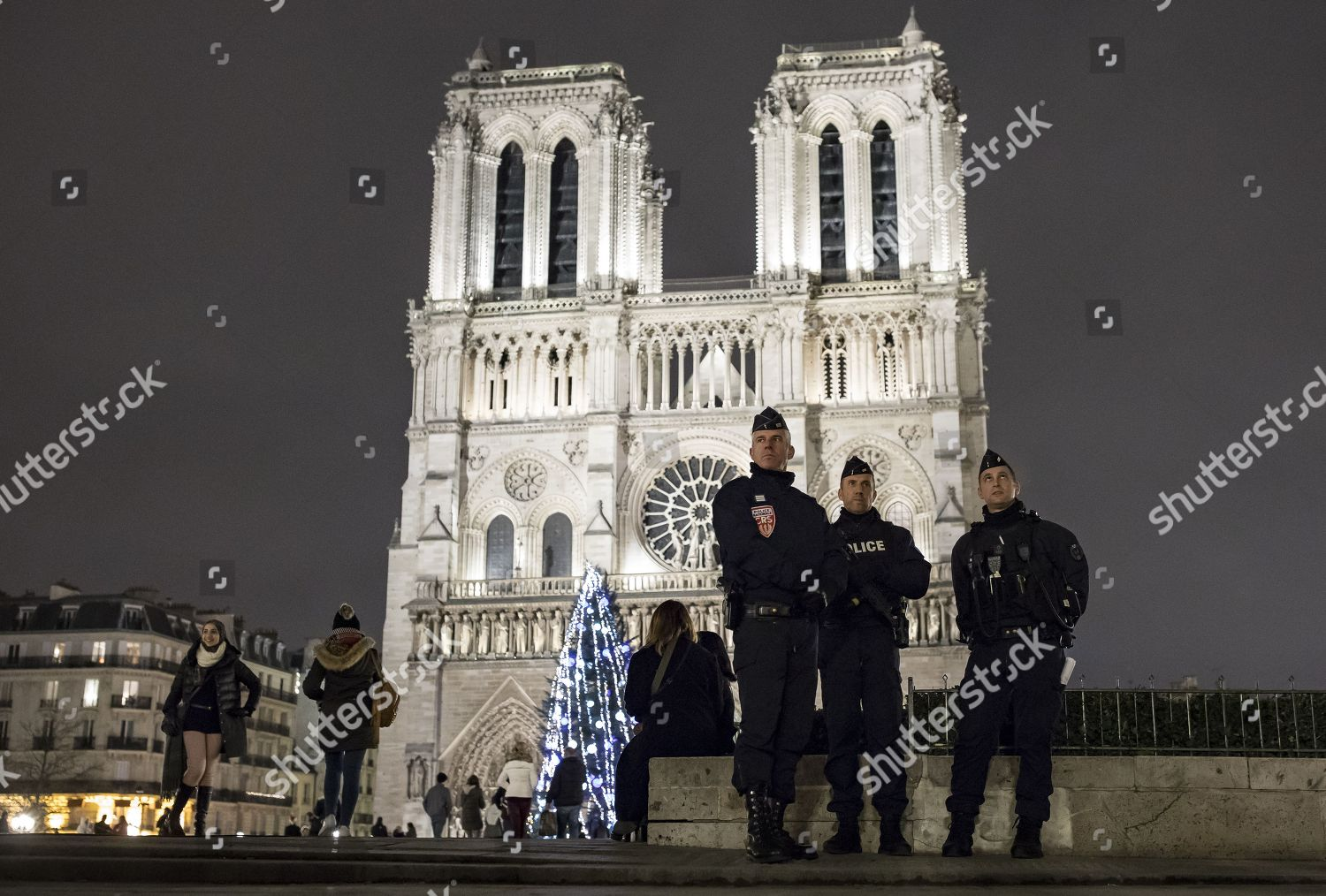 Armed police secure perimeter around NotreDame cathedral Editorial ...
