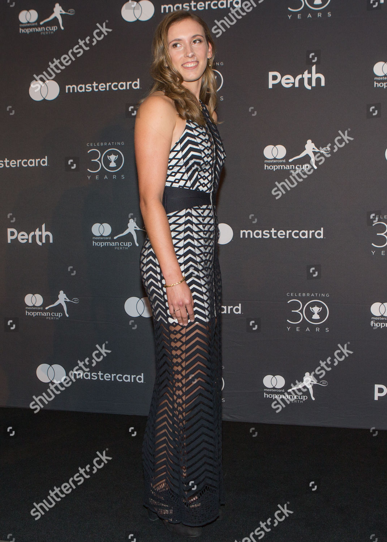 Elise Mertens - Page 26 Hopman-cup-2018-new-years-gala-perth-australia-shutterstock-editorial-9304672n
