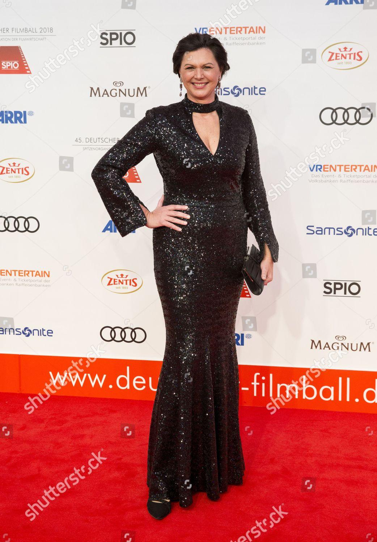 detaillierte Bilder schnüren in Keine Verkaufssteuer Ilse Aigner arrives 45th German Film Ball Editorial Stock ...