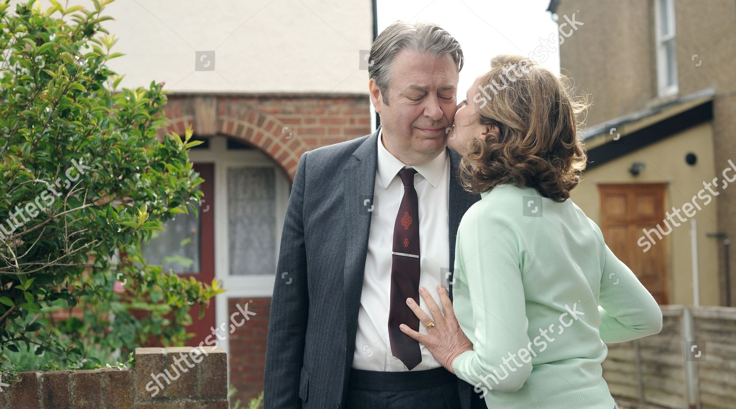 Roger Allam DCI Fred Thursday Caroline ONeill Editorial Stock Photo ...