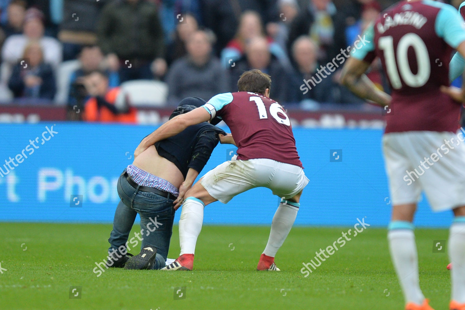 Mark Noble West Ham Tackles Pitch Invader Editorial Stock Photo Stock Image Shutterstock