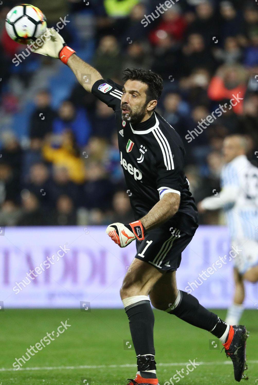 Juventus Goalie Gigi Buffon Action During Italian Editorial Stock Photo Stock Image Shutterstock