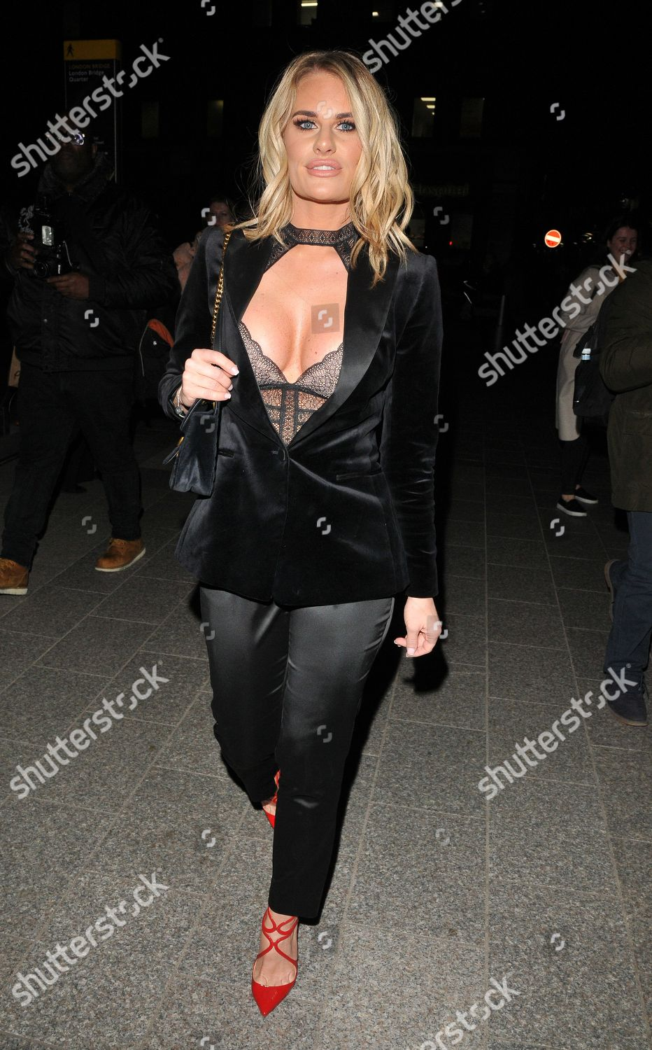 Twitter Cleavage Danielle Armstrong naked photo 2017